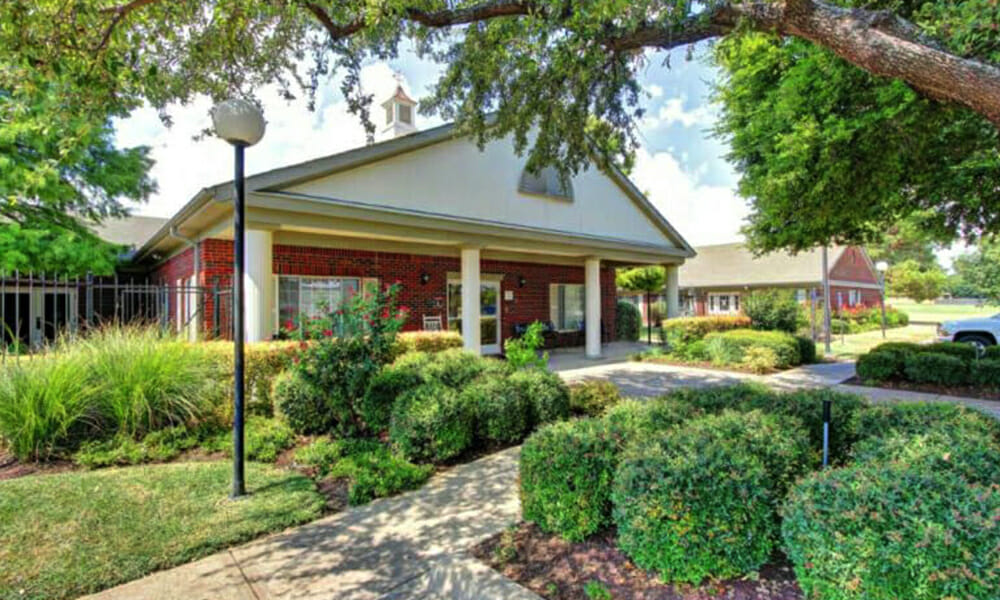Senior-Care-Centers-of-Western-Hills1-1